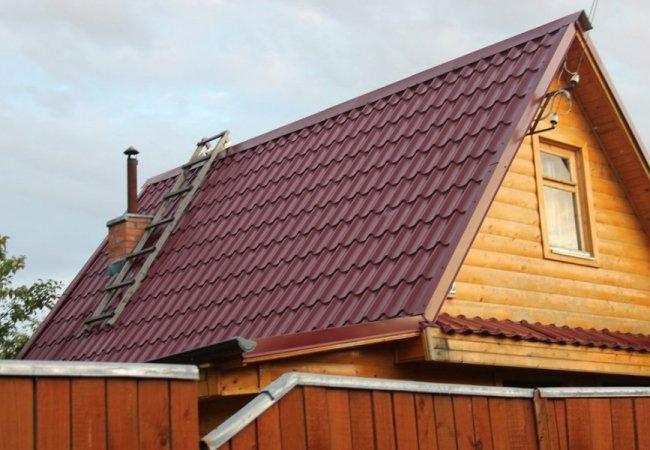 Ремонт даху. Як вибрати металочерепицю для покрівлі?
